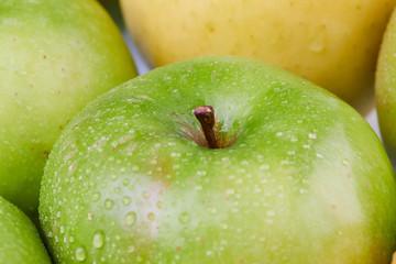 Granny Äpfel grün