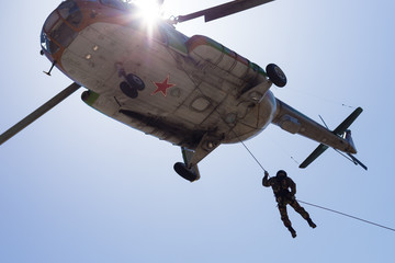 Russian special forces despatch from the helicopter