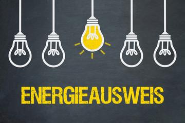 Energieausweis / Tafel mit Glühbirnen