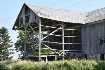 Sideless Barn
