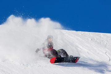 Fototapete - caduta con snowboard in neve fresca