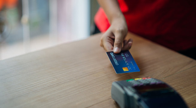 Credit card, credit card use, credit card payment. - Images