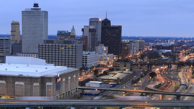 Memphis, Tennessee city center at dusk