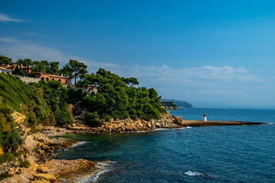 Bucht und Landspitze von Carry le Rouet an der Cote D´azur in Frankreich