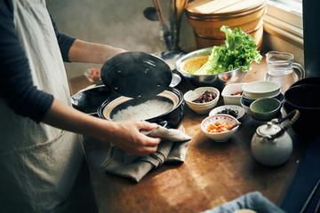 炊きたての土鍋ご飯