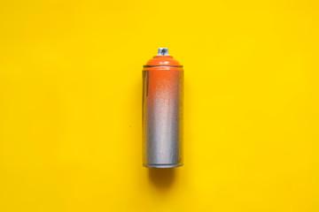 graffiti spray can isolated b Fototapete