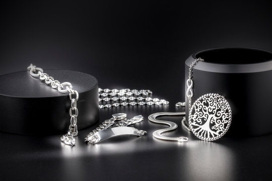 Joyería de joyas de plata de lujo, collares, platería, sortijas, joyitas, y alhajas