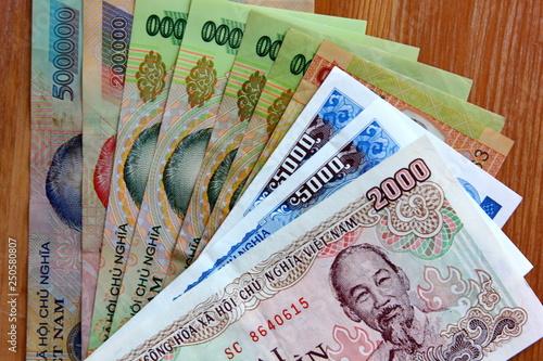 dong Vietnam money Vietnamese banknotes many worth Ho Chi