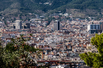 Panorama sur les toits de Barcelone