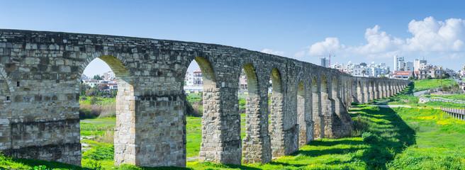 Photo sur Aluminium Chypre Panoramic view of Kamares aqueduct in Larnaca. Cyprus.