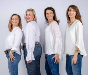 Photo session for 4 female friends