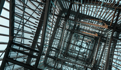 Möhneseeturm von unten