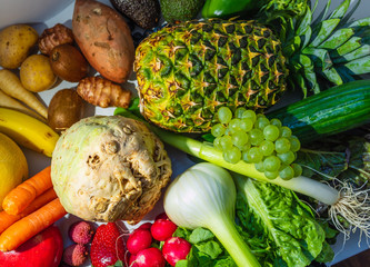 Fruits and vegetables with many vitamins