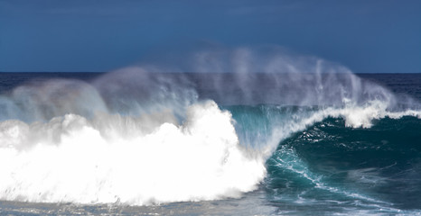 close up pic from waves at tenerife island