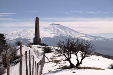 Wall Mural - Nelson Obelisk In Winter Nebrodi Park, Sicily