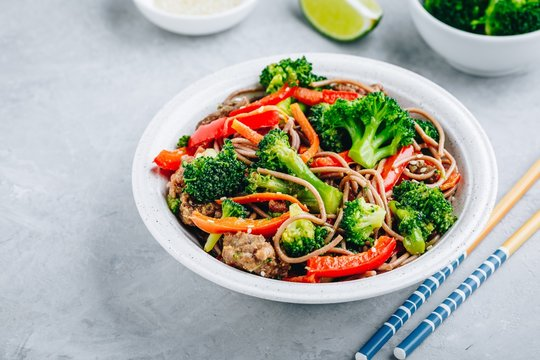 Beef Noodle Stir Fry with broccoli, carrots and red bell peppers