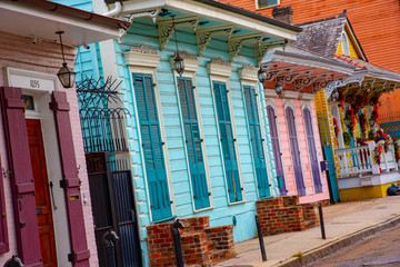 Shotgun house in the French quarter of New Orleans Fotomurales