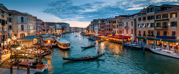 Fotobehang Gondolas Panorama of Venice at night, Italy