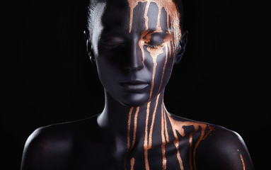Photo sur Aluminium Body Paint Black makeup