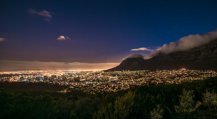 Cape Town, South Africa at night, view from Signal Hill Fototapete