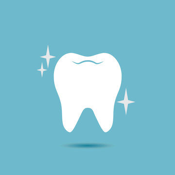 Shiny, healthy tooth vector icon.