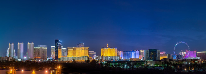 Photo Blinds Las Vegas Panoramic Las Vegas Strip City Skyline of Hotels, Casinos, and Entertainment Centers