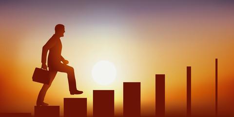 Concept de la difficulté de grimper dans la hiérarchie d'une entreprise, avec un homme d'affaires qui monte symboliquement un escalier dont les marches se réduisent au fur et à mesure de son ascension