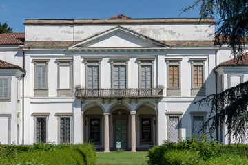 Monza (Italy), Mirabello palace in the park