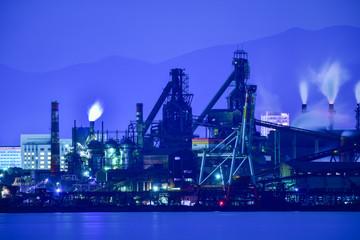 北九州工業地帯のプラント夜景