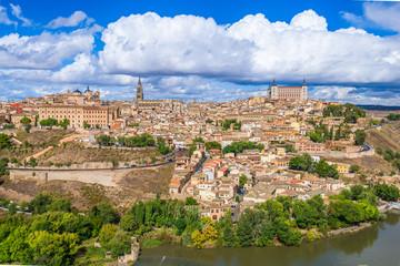 Fotomurales - Toledo, Spain old town city skyline