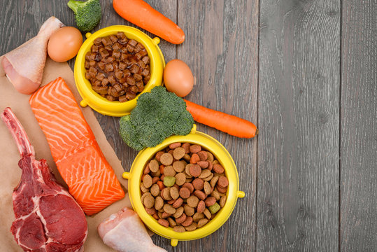 Wet and dry pet food
