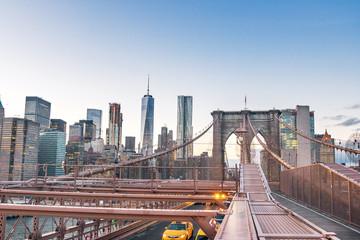 Panoramic View of Brooklyn Bridge traffic and Manhattan skyline - New York, USA