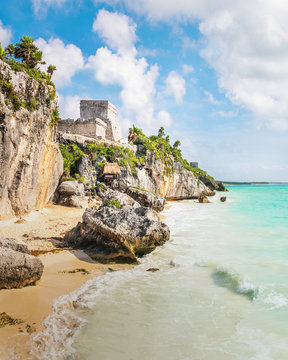El Castillo and Caribbean beach - Mayan Ruins of Tulum, Mexico