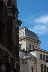 Sinagoga di Roma, o tempio maggiore, situata nel ghetto ebraico