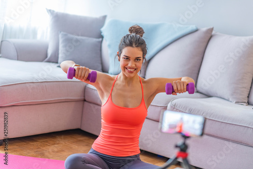 Fitness trainer, internet sporting class, training online