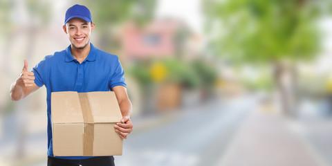 Paket Versand Postbote Post Lieferung liefern Paketzusteller Paketdienst Beruf Banner Erfolg Stadt Textfreiraum Copyspace
