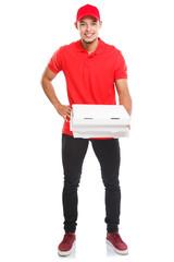 Pizzabote liefern Pizza Bote bestellen Bestellung Lieferung Ganzkörper Portrait Beruf Mann Latino Freisteller freigestellt isoliert