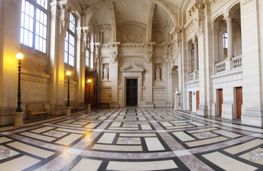 Impressive hall inside the parisian