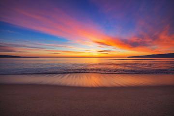Foto op Canvas Zee zonsondergang Beautiful sunrise over the sea