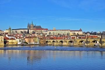 Christbaumkugeln Tschechien.Bilder Und Videos Suchen Verspiegelt