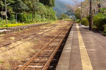 Fotobehang Spoorlijn [熊本県]肥薩線白石駅