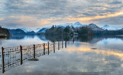 Wall Mural - Winter sunset over Derwentwater