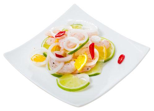 Ceviche with shrimps, lime, orange