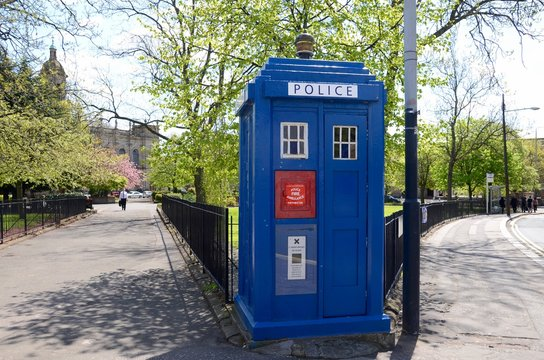 This is one of only 4 surviving police boxes in Glasgow and dates from 1935.  It is also known as the TARDIS on the television sci fi show Doctor Who.