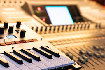 keyboard synthesizer and digital audio mixing console