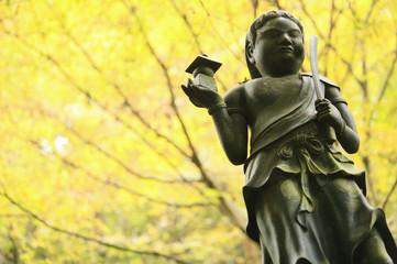 秋の高尾山の仏像たち / Autumn Buddha statues