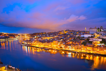 Fotomurales - Porto afterglow skyline Douro Portugal