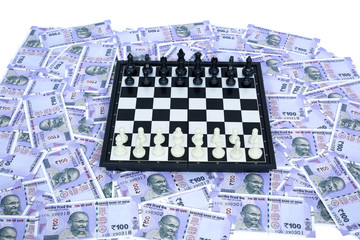 Picture of chess on the new Indian 100 rupees notes.