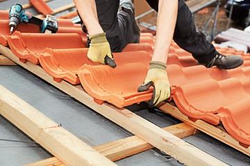 roofer at work, xxl+more: bartussek.xmstore
