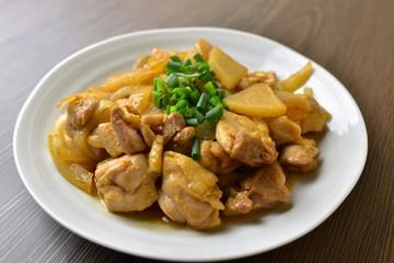 鶏肉と大根の炒め物